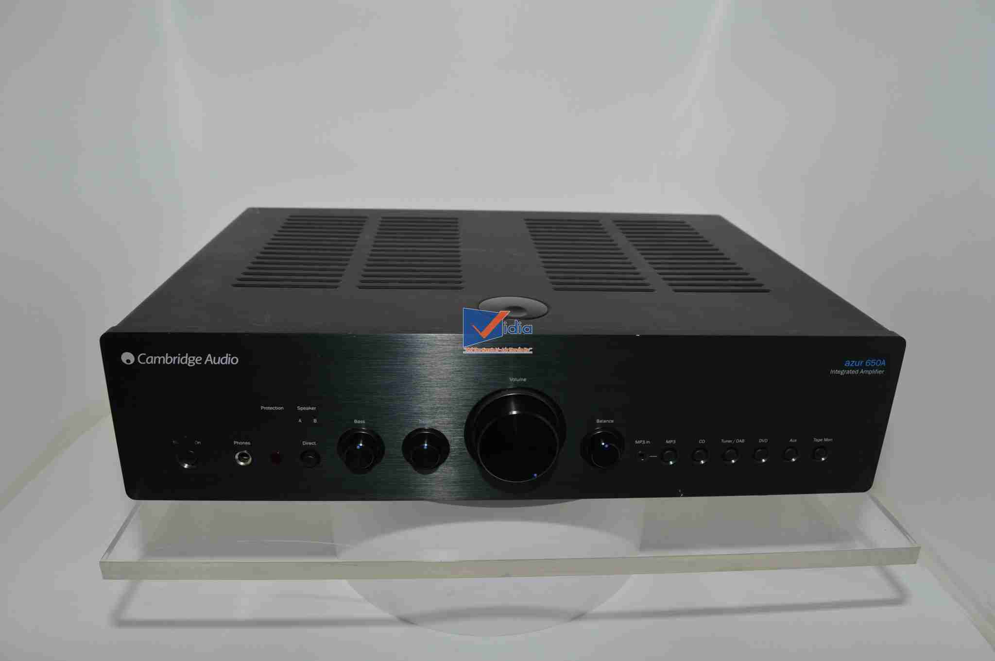 Amply Stereo Cambridge Azur 650A