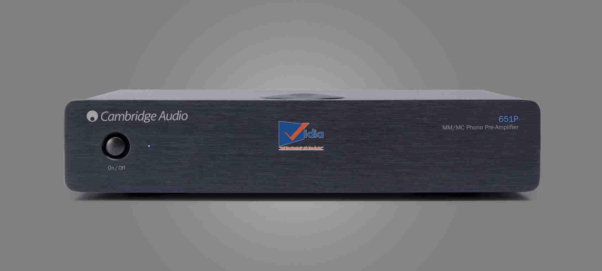 Amply Stereo Cambridge Azur 651P