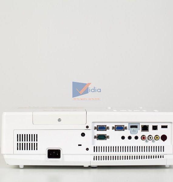 PROJECTOR EIKI LC-XBS500