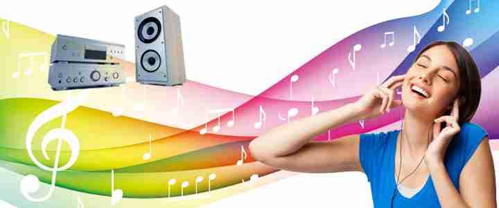 Âm thanh thật ấn tượng, tái tạo chất lượng âm thanh của sân khấu khiến cho bạn cảm giác như đang là ca sĩ chuyên nghiệp.