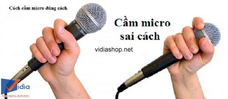 micro-hát-karaoke